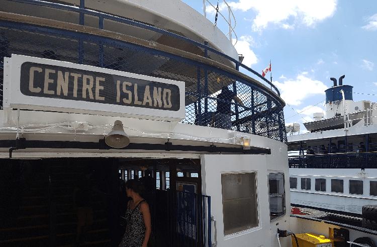 ferrycentreisland