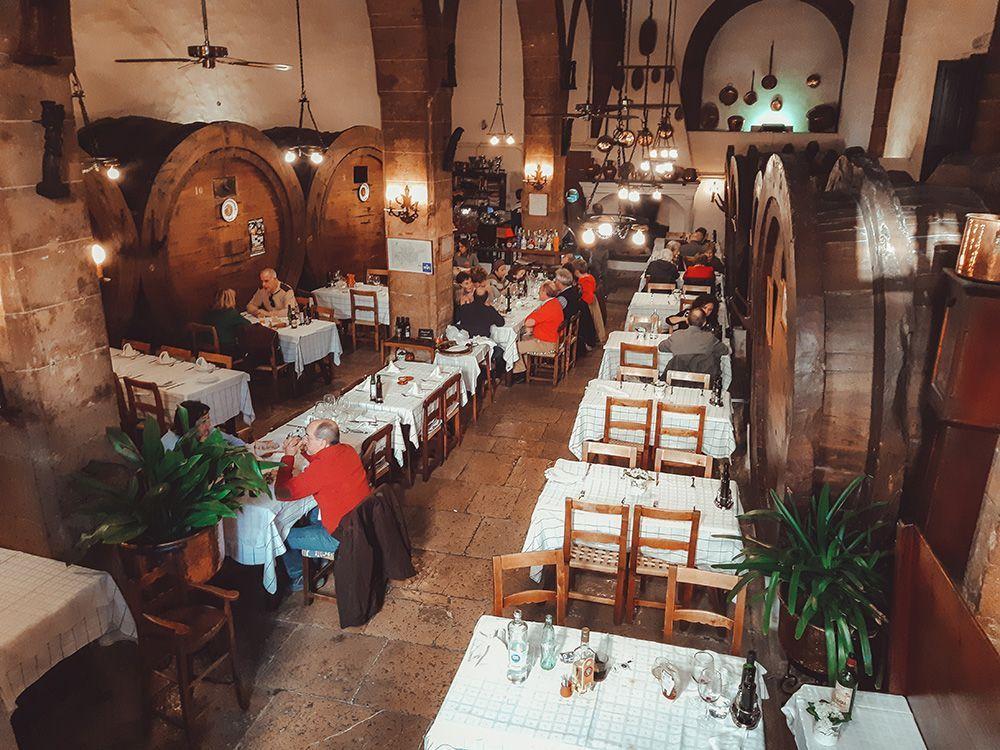 Restaurante Can Ripoll, una de las experiencias recomendadas en este artículo de los 50 imprescindibles que ver y hacer en Mallorca.