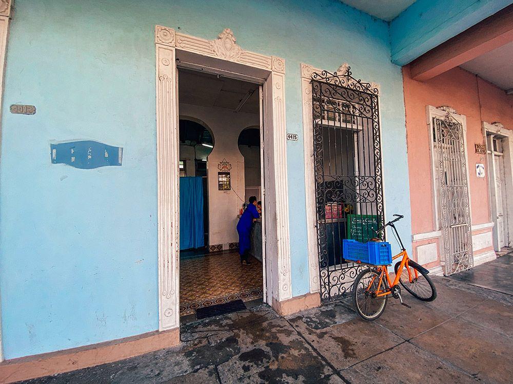 Restaurante de Cienfuegos sin nombre