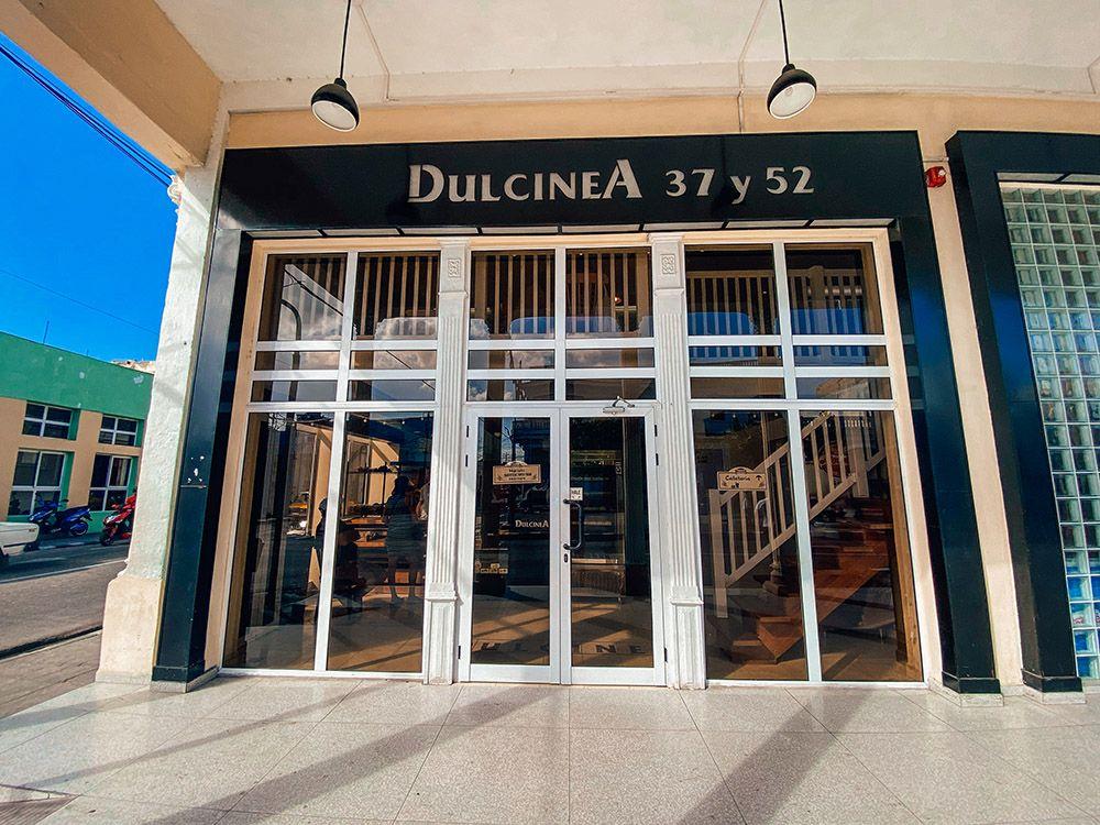 Fachada de la pastelería Dulcinea