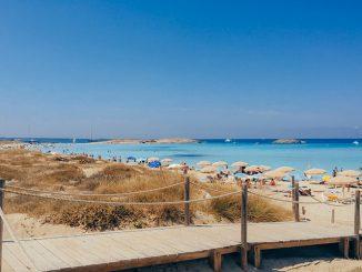 Portada de los imprescindibles que ver y hacer en Formentera