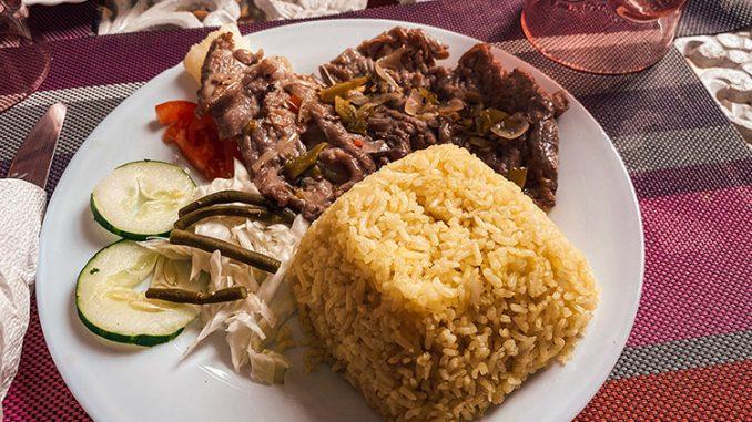 Portada de dónde comer barato en Santiago de Cuba