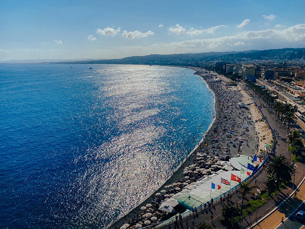 Increíbles vistas de las playas de Niza
