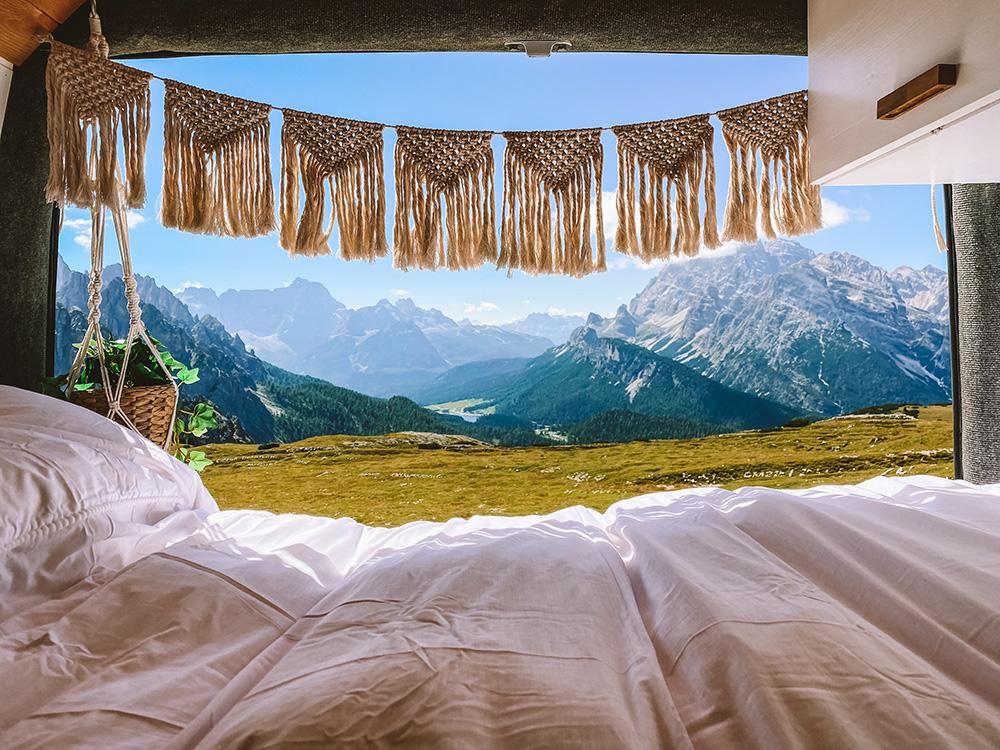 Si viajas en camper, también te dejamos varios lugares donde alojarte en Dolomitas o mejor dicho, dónde pernoctar en los Dolomitas