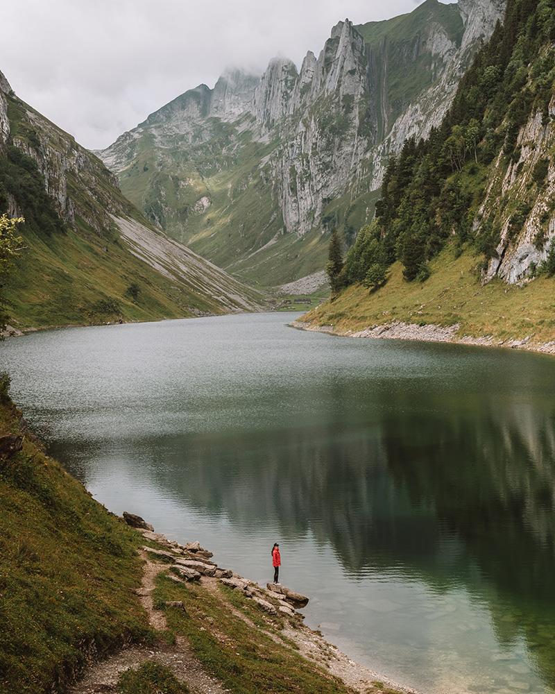 El lago Fälensee es otro de los lugares que no te puedes perder en tu ruta de viaje por Suiza