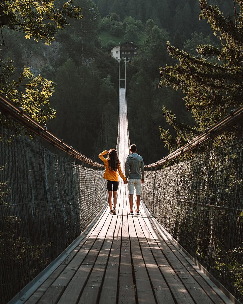 El GOMS Bridge es uno de los lugares imprescindibles que ver en Suiza