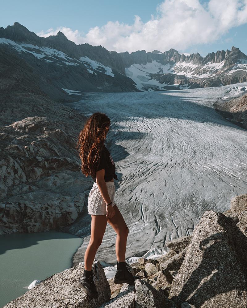 El glaciar del Ródano es un lugar mágico, debes visitarlo durante tu viaje a Suiza