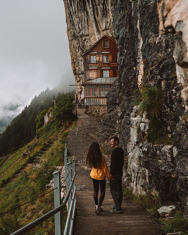 Este es el refugio de montaña que no podía faltar en los imprescindibles que ver en Suiza