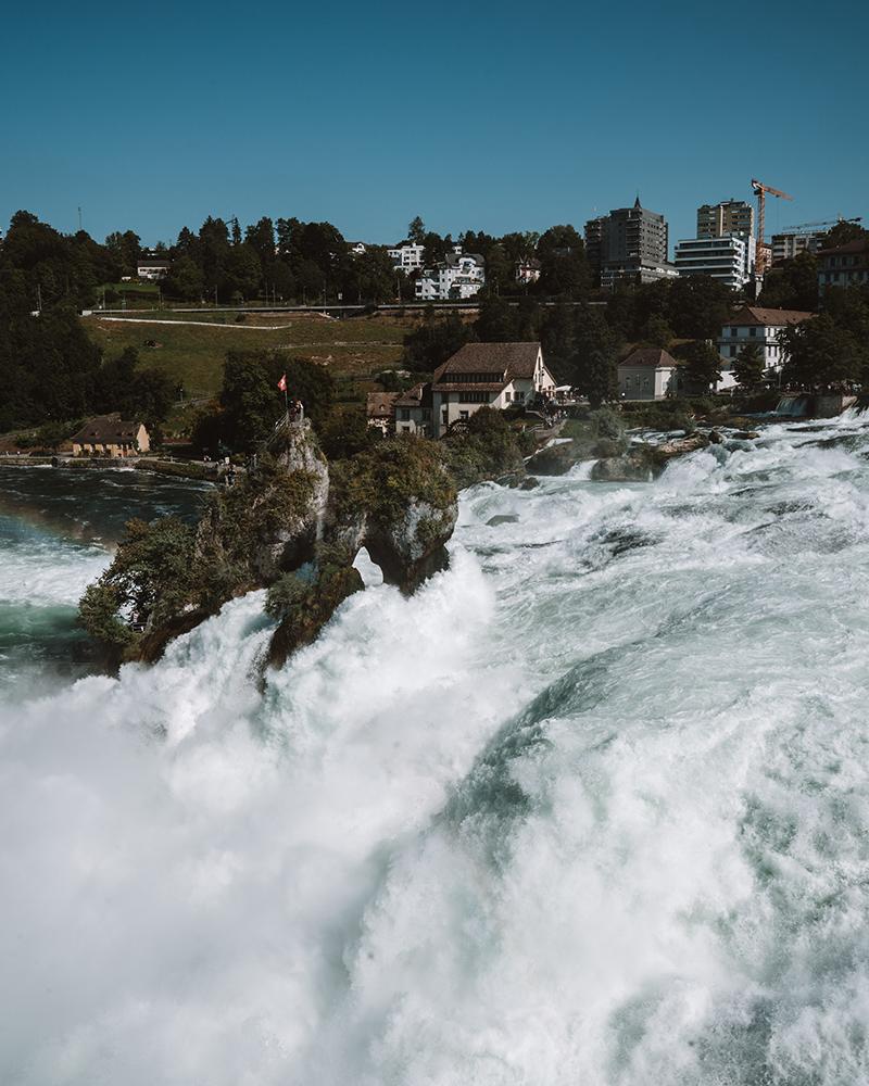 Rheinfall es el últimos de los imprescindibles que ver en Suiza