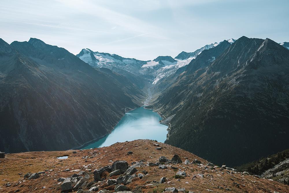 El puente de la foto es el lugar del que hablamos en este post de cómo llegar al puente colgante de Olpererhütte